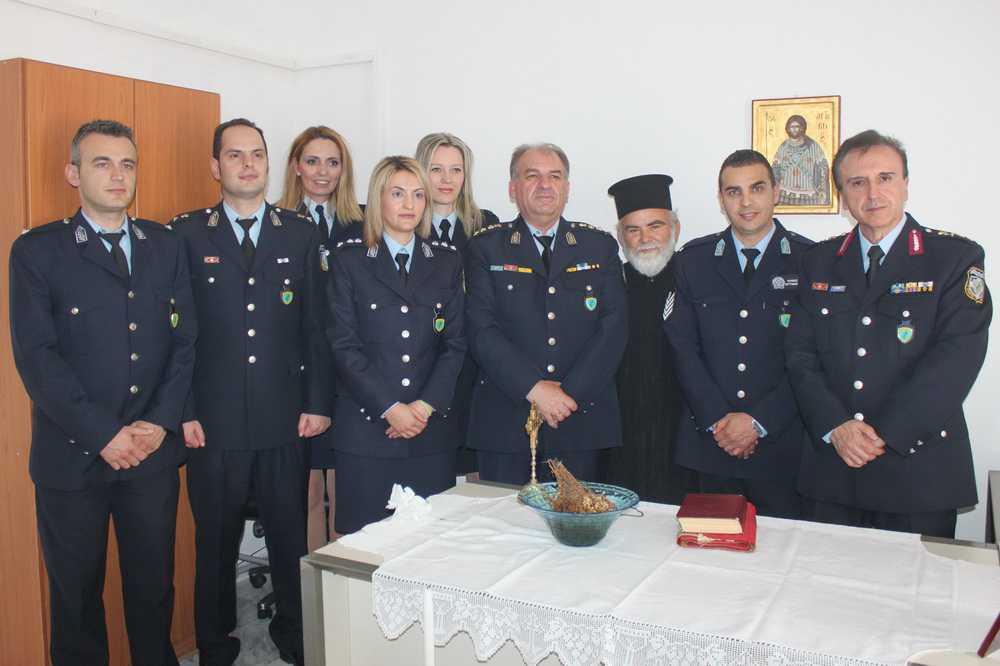 Η τελετή αγιασμού έναρξης λειτουργίας του θεσμού του Τοπικού Αστυνόμου στην Αιανή – 1ος Τοπικός Αστυνόμος Αιανής ο αρχιφύλακας Γεώργιος Κούρας (βίντεο - φωτογραφίες)