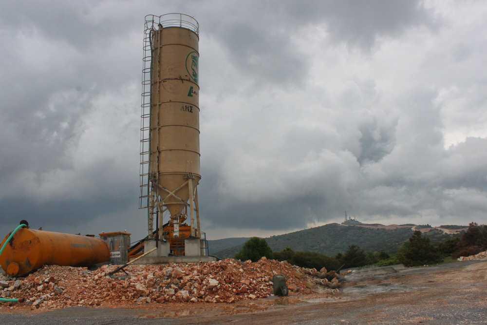 Προχωρούν οι εργασίες εγκατάστασης ανεμογεννητριών στην περιοχή Ντοβρά του Μεταξά – Συναινούν οι κάτοικοι της Τ.Κ. με αντιστάθμισμα  ανταποδοτικά έργα