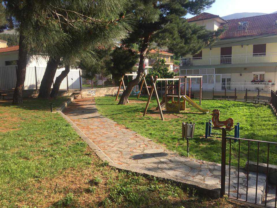 Υπογραφή σύμβασης για την εκτέλεση εργασιών συντήρησης, ανακαίνισης και βελτίωσης πάρκων και παιδικών χαρών στη Σιάτιστα