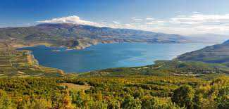 Tο φαινόμενο του δυσχρωματισμού στη Λίμνη Βεγορίτιδα. Διερευνώνται τα αίτια.  Αποφυγή έκθεσης στα νερά κολυμβητικών ακτών της λίμνης
