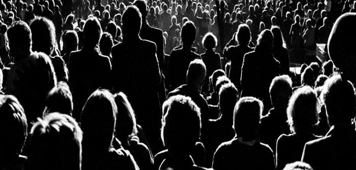 Η διαστρωμάτωση της ανθρώπινης κοινωνίας (Ηλία Κ Μάρκου)