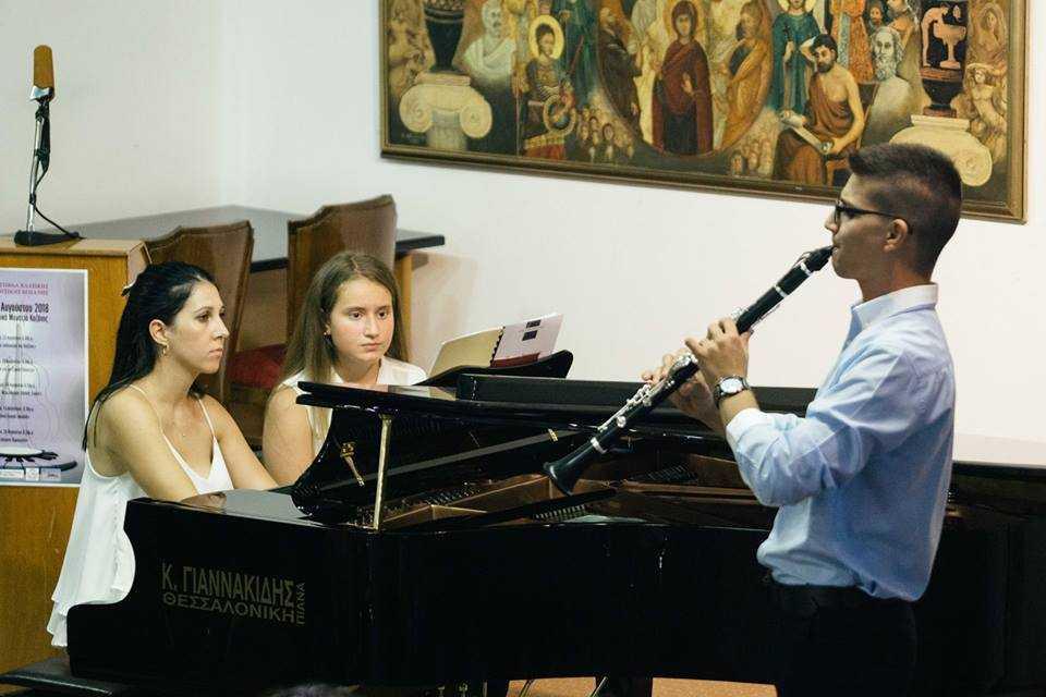 Συνεχίζεται με τη δεύτερη θεματική βραδιά - αφιέρωμα στον Claude Debussy το Φεστιβάλ Κλασικής Μουσικής Κοζάνης  στο Λαογραφικό Μουσείο στις 20:30
