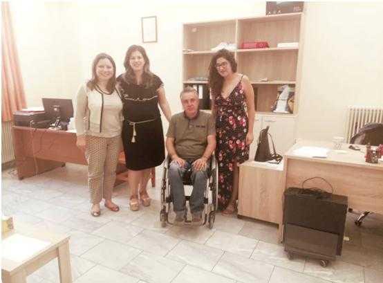Το Κέντρο Κοινότητας του Δήμου Σερβίων – Βελβεντού πραγματοποίησε τη Πέμπτη 6 Σεπτεμβρίου ενημερωτική συνάντηση με θέμα « Γνωρίζοντας το Σχολείο Δεύτερης Ευκαιρίας» με ομιλήτρια την υποδιευθύντρια του ΣΔΕ κα Φωτεινή Καγιόγλου.