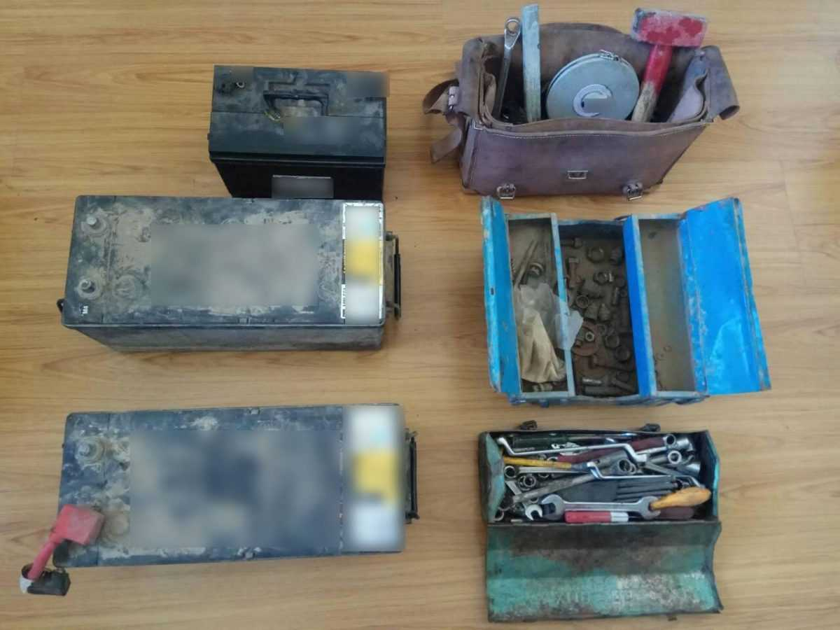Συνελήφθησαν 3 αλλοδαποί στην Κοζάνη για κλοπή από ορυχείο της Δ.Ε.Η. Αφού έγιναν αντιληπτοί  εγκατέλειψαν τα κλοπιμαία και τράπηκαν σε φυγή