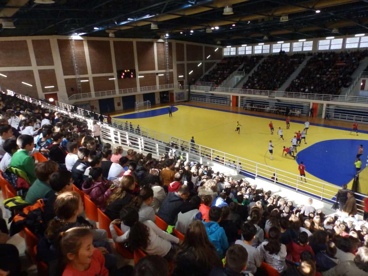 Νίκη για τους παίδες επί της Σερβίας Το αντιπροσωπευτικό συγκρότημα επικράτησε με 25-24 στο κατάμεστο κλειστό της Λευκόβρυσης.