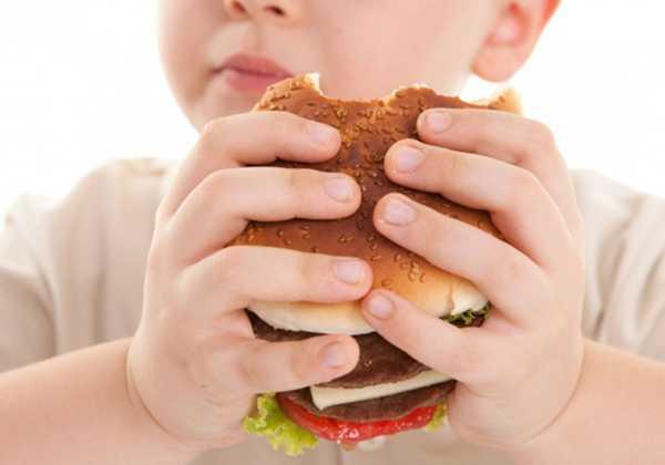 Η παχυσαρκία συνδέεται με 12 τύπους καρκίνου. Πρωταθλήτρια η Ελλάδα στην παιδική παχυσαρκία