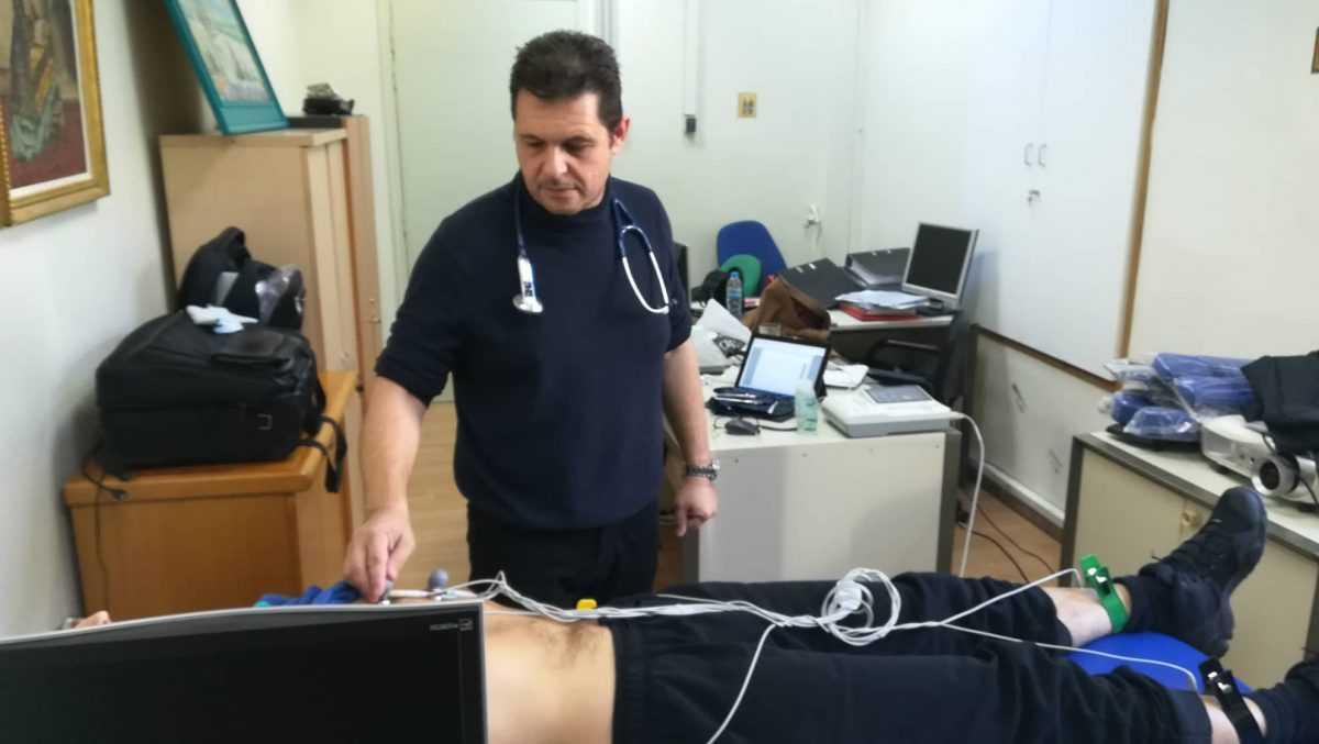 Ο Δήμος Κοζάνης επενδύει στην πρόληψη της υγείας και με την ευθύνη του Γιατρού Εργασίας Ευθύμιου Θανασιά επέκτεινε τον καρδιολιογικό και το σπιρομετρικό έλεγχο εκτός από τους εργάτες καθαριότητας και στο υπόλοιπο προσωπικό του Δήμου Κοζάνης!