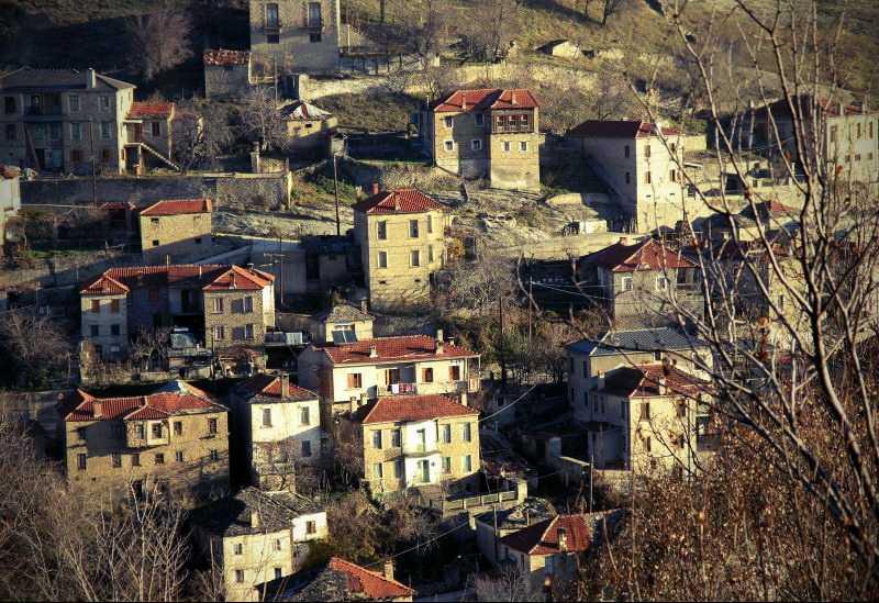 Πεντάλοφος Κοζάνης: Xτισμένος πέτρα – πέτρα, η ατελείωτη πρόσκληση