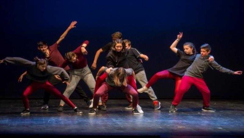 Σήμερα στις 7 μμ η παράσταση των πέντε σχολείων της ΠΕ Κοζάνης στην αίθουσα της Στεγης του Ιδρύματος Ωνάση