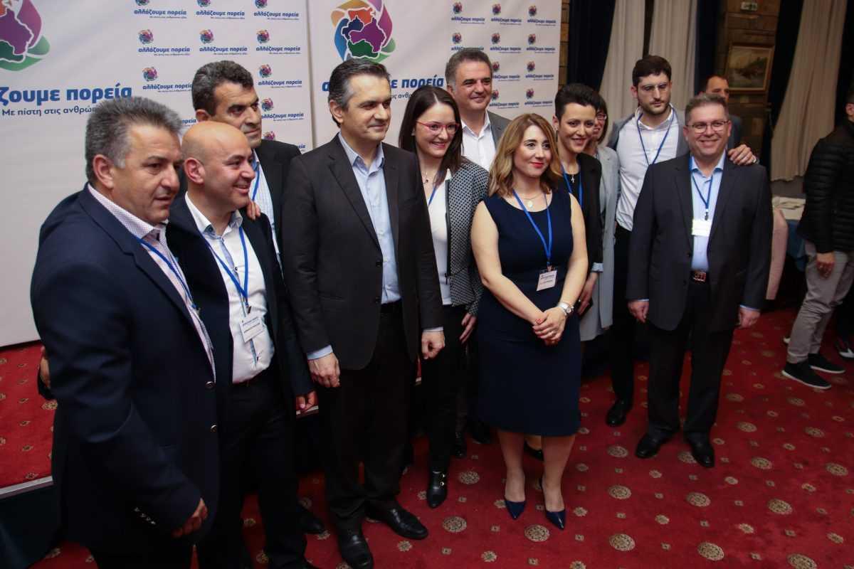 Μήνυμα νίκης εξέπεμψε η Καστοριά κατά την εκδήλωση παρουσίασης των υποψήφιων του συνδυασμού «αλλάζουμε πορεία»