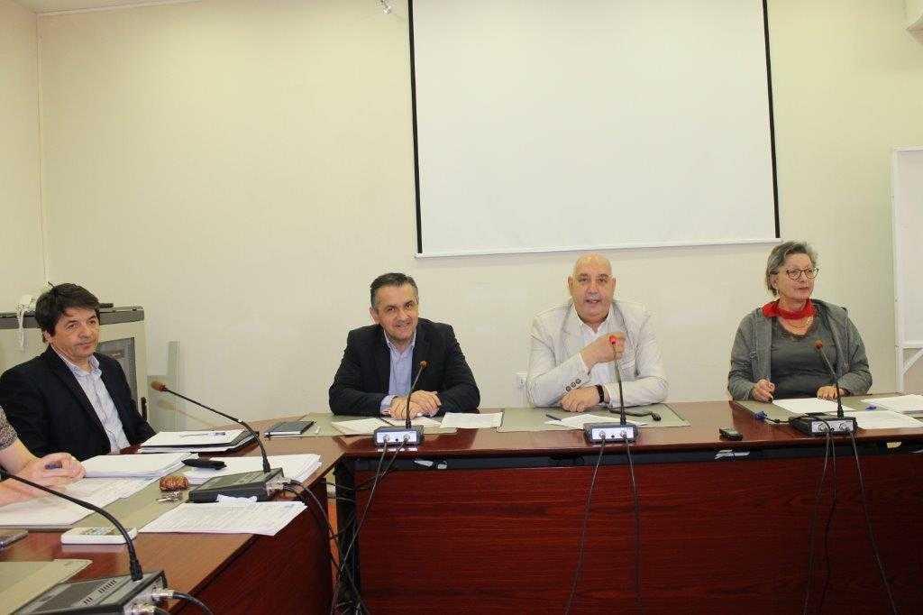 """Με τη διοίκηση και μέλη της συγκλήτου του Τ.Ε.Ι. Δυτικής Μακεδονίας συναντήθηκε, χθες, ο υποψήφιος περιφερειάρχης Δυτικής Μακεδονίας Γιώργος Κασαπίδης, συνοδευόμενος από συμβούλους του συνδυασμού """"αλλάζουμε πορεία""""."""
