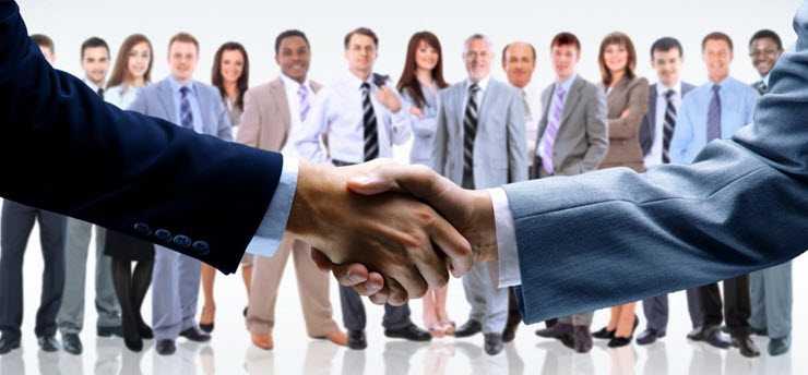 Οι ομογενείς επιχειρηματίες στηρίζουν με τις ενέργειες και δράσεις τους όλους τους Έλληνες και την Ελλάδα λόγω της κρίσης σε σε όλες τις χώρες του πλανήτη