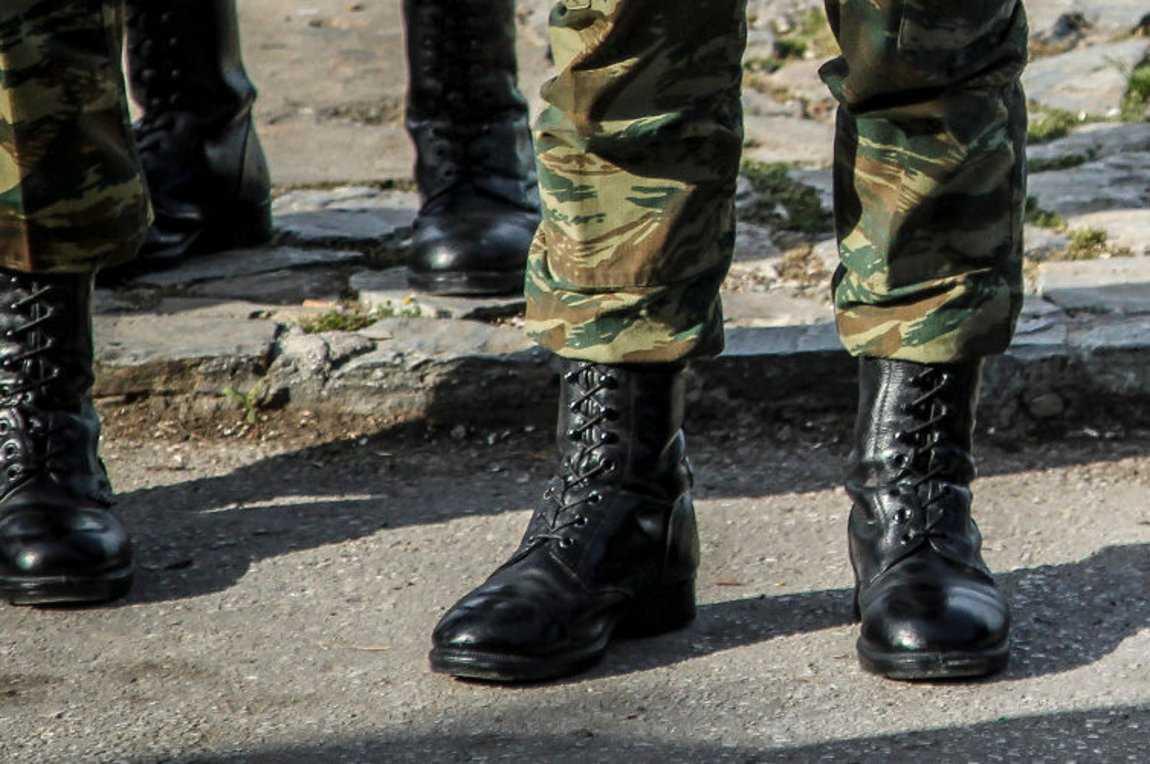 Ευνοϊκές ρυθμίσεις για στρατεύσιμους, θητεία και αντιρρησίες συνείδησης