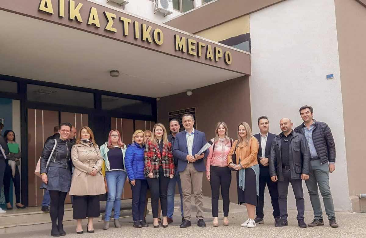 """Τη δήλωση κατάρτισης του συνδυασμού """"αλλάζουμε πορεία"""" για την Περιφέρεια Δυτικής Μακεδονίας κατέθεσε σήμερα Σάββατο 4 Μαΐου, στο Πρωτοδικείο Κοζάνης, ο υποψήφιος Περιφερειάρχης Γιώργος Κασαπίδης."""