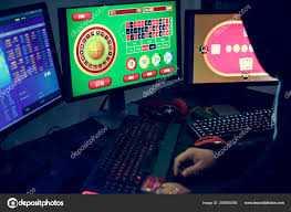 Σύλληψη δώδεκα (12) ατόμων, ηλικίας από 27 έως 68 ετών για διενέργεια παράνομων τυχερών παιγνίων. Κατασχέθηκαν συνολικά -13- ηλεκτρονικοί υπολογιστές,-580- μάρκες, -2- ζάρια και χρηματικό ποσό