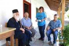 Άρωμα από αγιορείτικο, απλό, άδολο και καθαρό βλέμμα έφερε ως δρόσος Αερμών με την παρουσία του (18-7-2019) στο Βελβεντό Μακεδονίας, στο αρχονταρίκι του Ι. Ναού Αγίου Διονυσίου εν Ολύμπω, της Ιεράς Μητροπόλεως Σερβίων και Κοζάνης, ο Γέροντας Ιγνάτιος (82 ετών) από τη Νέα Σκήτη του Αγίου Όρους.
