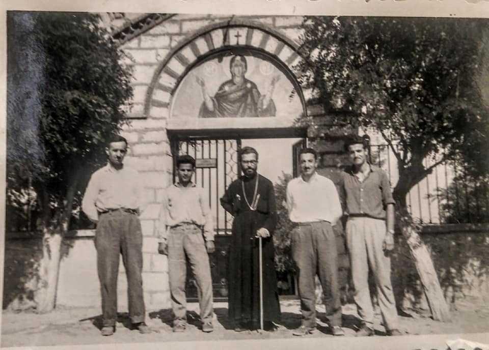Μνήμη Αρχιμανδρίτη π. Χρυσοστόμου Ζαφειροπούλου, τα χρόνια που υπηρέτησε στην Παναγία Μικροκάστρου και η πορεία του στο Τσοτύλι! (Πλούσιο φωτογραφικό υλικό)