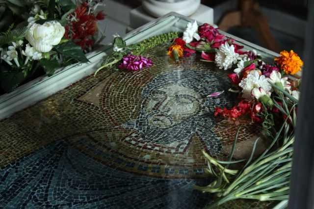 Σήμερα 03/07/2019 εορτάζουν: Εύρεσις του τάφου και των λειψάνων του Αγίου Ιερομάρτυρας Ραφαήλ εν Μυτιλήνη