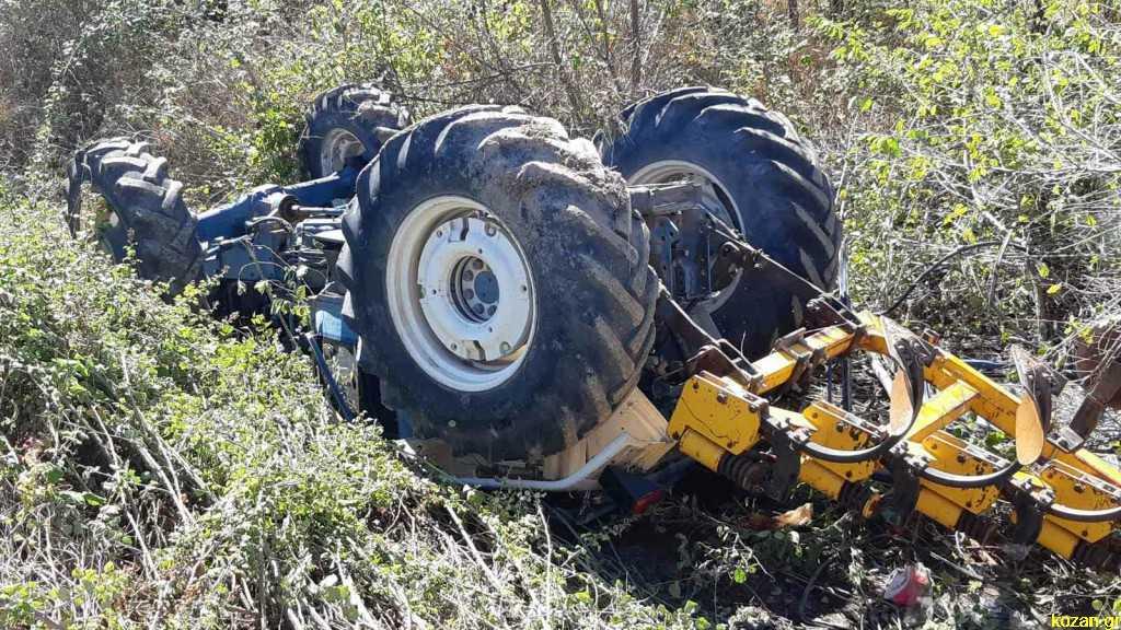 42χρονος βρήκε τραγικό θάνατο όταν τον καταπλάκωσε το τρακτέρ που οδηγούσε (σε αγροτικό δρόμο μεταξύ Πετρανών-Κρόκου)