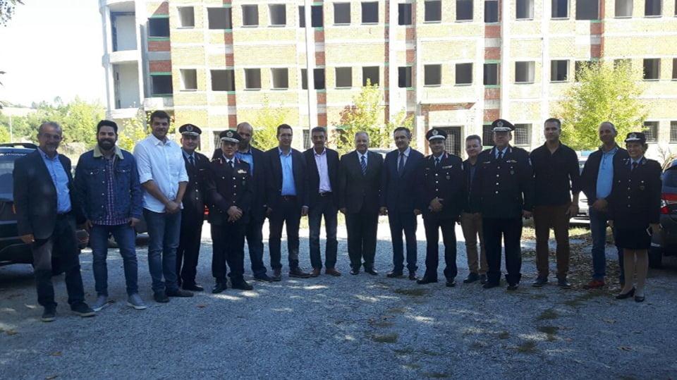Υπογράφηκε στην πόλη των Γρεβενών, η σύμβαση έργου για την ολοκλήρωση της ημιτελούς Σχολής Αστυφυλάκων Γρεβενών