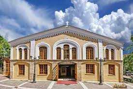 Ο χρυσοκέντητος επιτάφιος θρήνος, από το 1672, ένα πολυτιμότατο κόσμημα και ανεκτίμητης αρχαιολογικής αξίας του Μ.Ν. του Αγίου Νικολάου Κοζάνης, εστάλη για συντήρηση στην Αθήνα… Υπάρχει απόφαση εκκλησιαστικής επιτροπής και πρωτόκολλο παράδοσης;!.. Πότε θα επιστραφεί;… Εύλογες απορίες και ερωτηματικά…