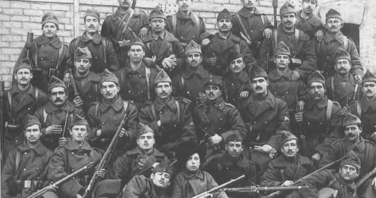 Ο χαμένος λόχος… 240 Έλληνες μάχονται και ελίσσονται στην Κριμαία. Νίκου Καρατουλιώτη