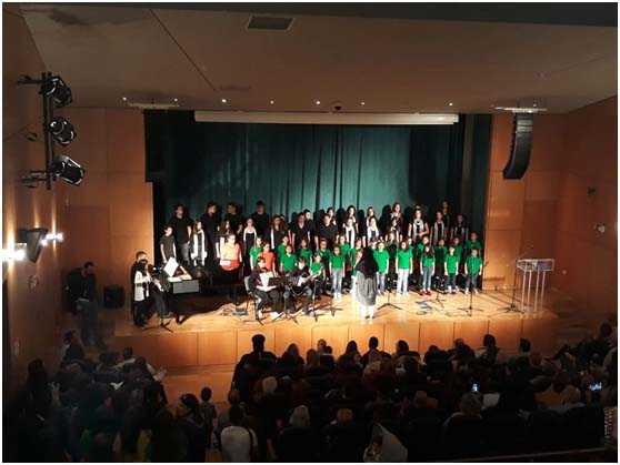 Η παιδική και εφηβική χορωδία του Συλλόγου Φίλων Μουσικής «Βελβεντινές Φωνές» συμμετείχε στο φεστιβάλ παιδικών – νεανικών χορωδιών, που πραγματοποιήθηκε στις 3 Νοεμβρίου στο θέατρο «Σταύρος Κουγιουμτζής¨ Πανοράματος Θεσσαλονίκης