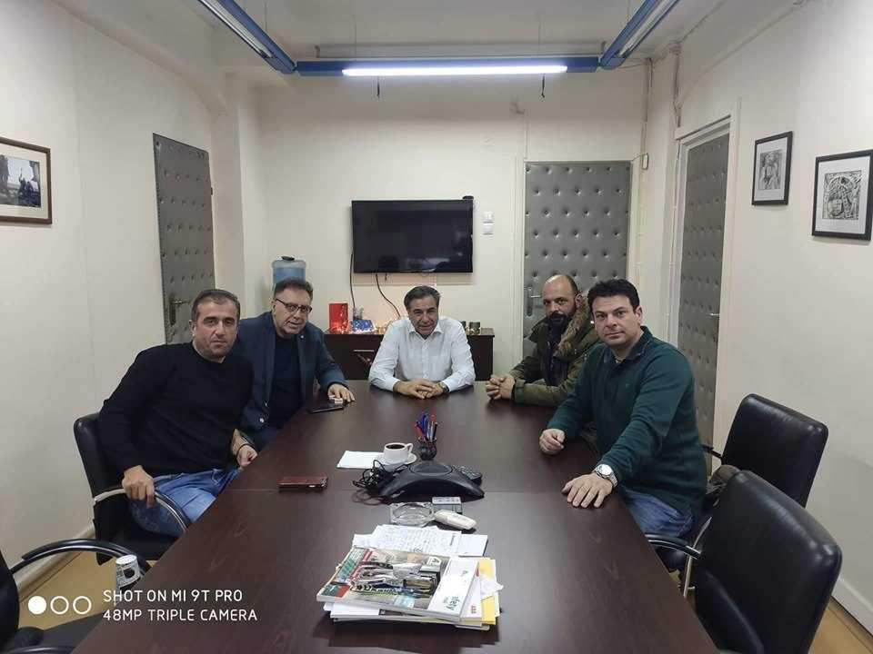 Συνάντηση του εργατικού κέντρου Πτολεμαΐδας με διευθυντικά στελέχη της Δ.Ε.Η. Συζητήθηκαν θέματα που αφορούν την περιοχή και τους εργαζόμενους.