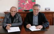 Υπογραφή σύμβασης για κατασκευή επιπλέον 7 παιδικών χαρών στο Δήμο Βοΐου.