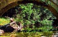 Τα Πέτρινα Γεφύρια του Βοΐου. Η συνομιλία του πρωτομάστορα με τη φύση…