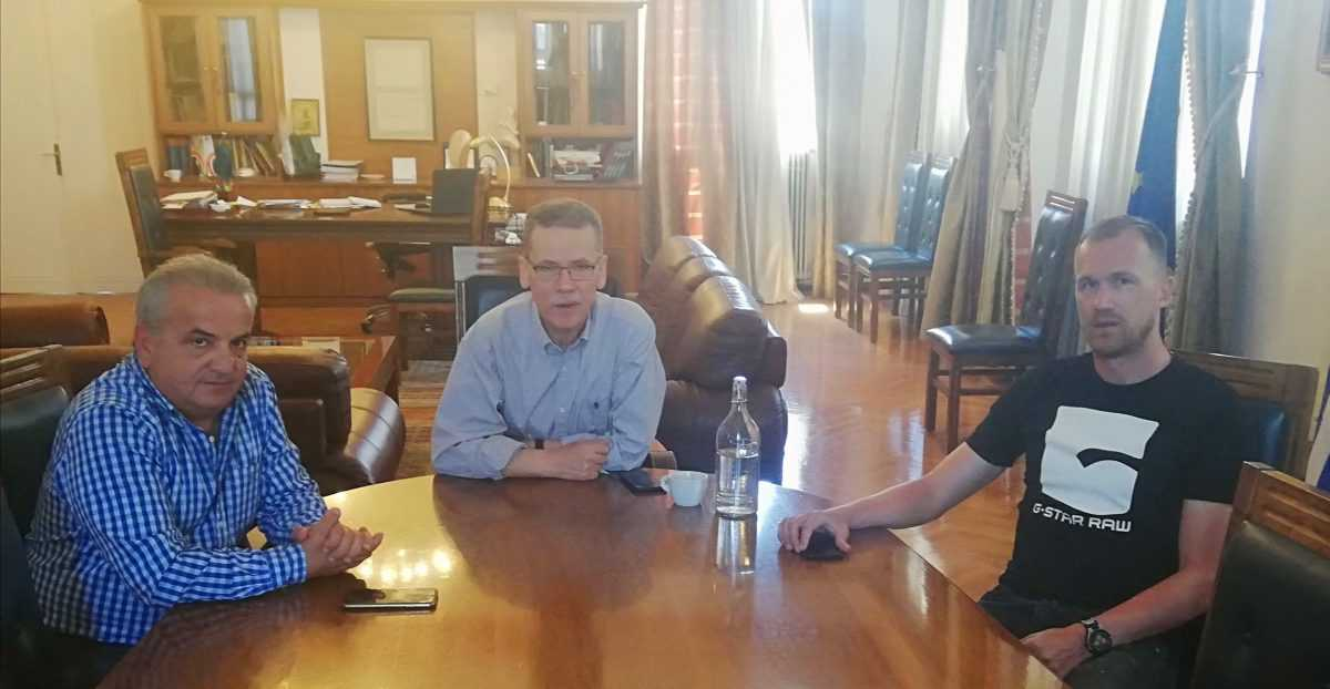 Συνάντηση του δημάρχου Κοζάνης με εκπροσώπους του Φ.Σ. Κοζάνης και της ΑΕΠ Καραγιαννίων