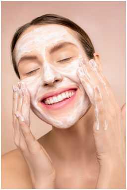 4 βασικά βήματα για τη φροντίδα του δέρματος