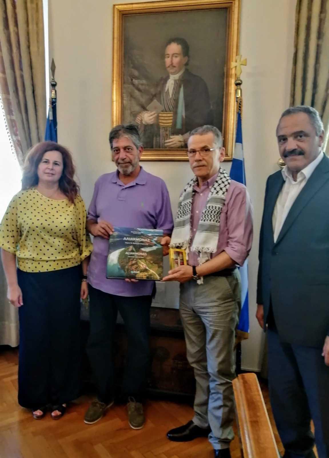 Συνάντηση του δημάρχου Κοζάνης με τον πρέσβη της Παλαιστίνης