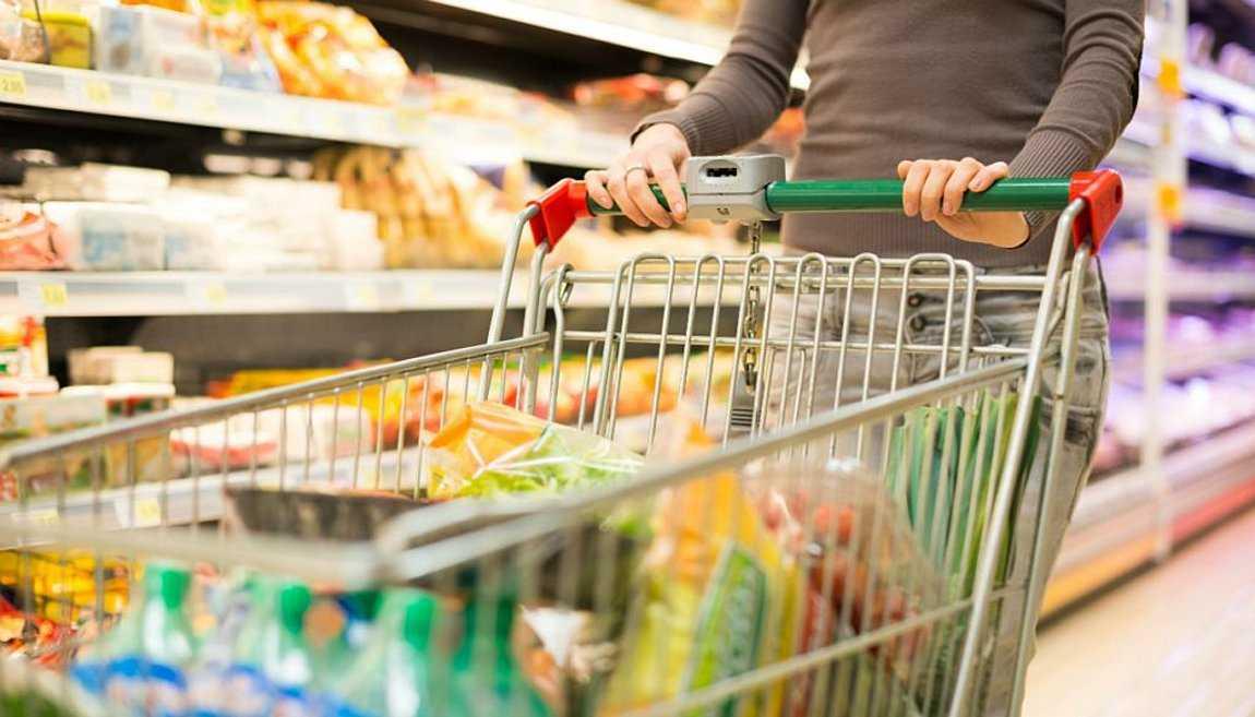 Υποχρεωτική από σήμερα η χρήση μάσκας στα σούπερ μάρκετ για εργαζόμενους και καταναλωτές