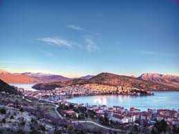 Χρηματοδότηση της λειτουργικής αναβάθμισης της οδικής σύνδεσης της πόλης του Άργους Ορεστικού  με τη νότια παραλίμνια ζώνη της Καστοριάς και την Εγνατία Οδό, προϋπολογισμού 3,5 εκ. ευρώ
