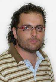 Νέος καλλιτεχνικός διευθυντής του Βαρβούτειου Δημοτικού Ωδείου Πτολεμαΐδας είναι ο κ. Λάζαρος Τσαβδαρίδης.