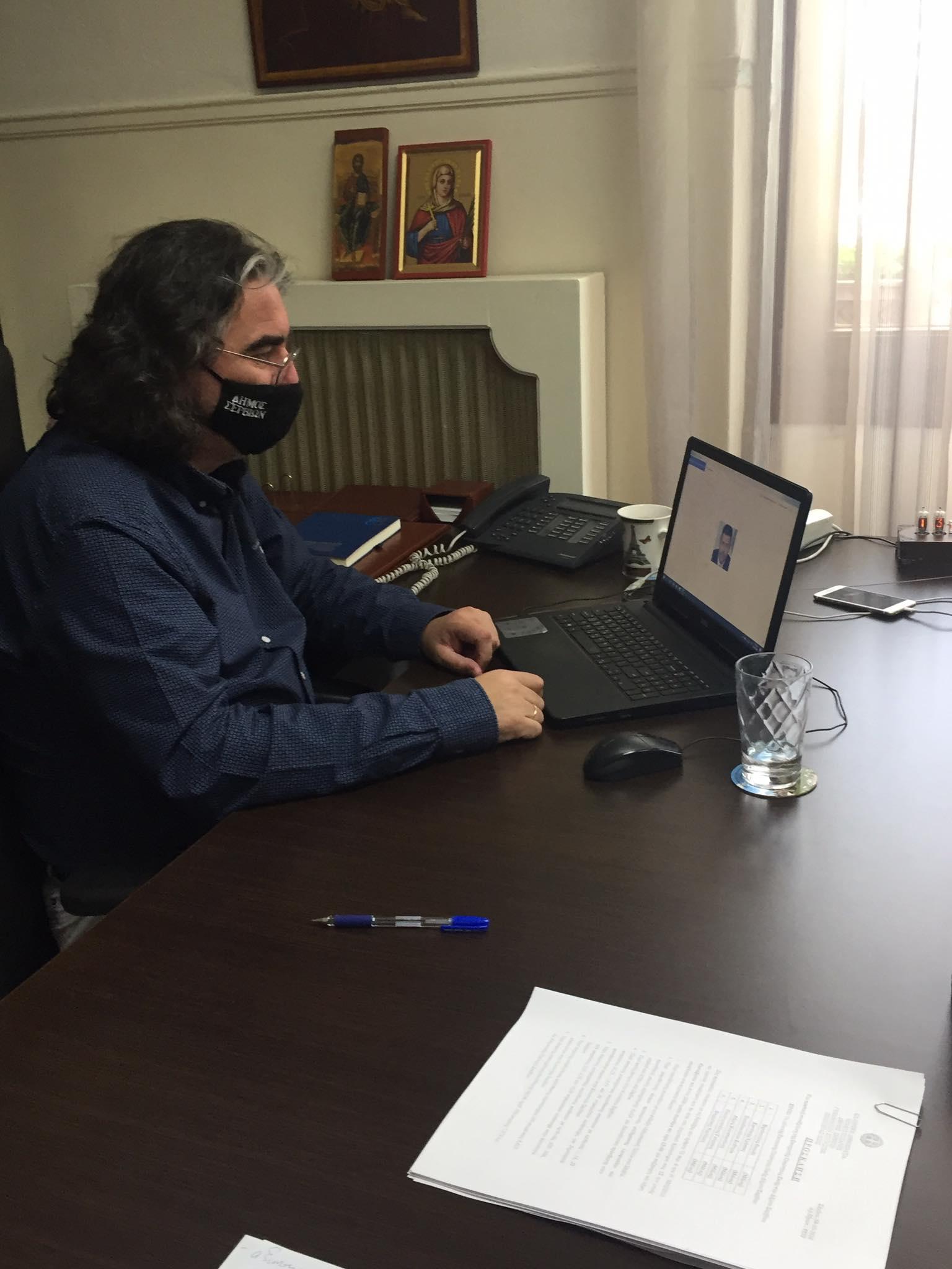Για αποδέσμευση 2 εκ. ευρώ ως ανταποδοτικά στον Δήμο Σερβίων δεσμεύτηκε η ΔΕΗ