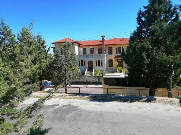 ΣΥΓΧΑΡΗΤΗΡΙΑ στη Διοίκηση του Πανεπιστημίου Δυτικής Μακεδονίας και ιδιαίτερα στον πρύτανη Θεόδωρο Θεοδουλίδη και στους Αντιπρυτάνεις Νίκο Σαρηγιαννίδη και Γιώργο Ιορδανίδη