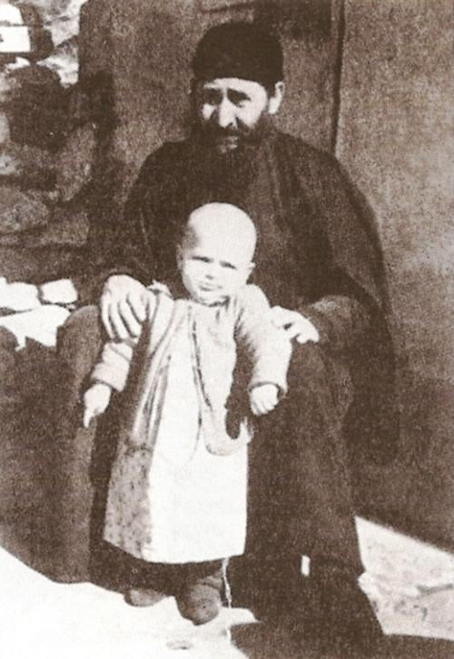 4 Νοεμβρίου: Μνήμη (και στο Βελβεντό) Αγίου Γεωργίου του εν Δράμα,  του Καρσλίδη.  (του παπαδάσκαλου Κωνσταντίνου Ι. Κώστα)