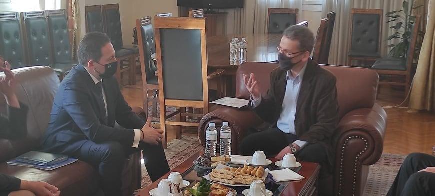 Στην Κοζανη βρέθηκε σήμερα ο αναπληρωτής υπουργός Εσωτερικών, αρμόδιος για θέματα αυτοδιοίκησης, Στέλιος Πέτσας.