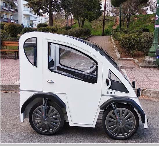 Το τεχνολογικό δημιούργημα του 52χρονου Κοζανίτη Δημητρίου Γκλούμπου. Το πρώτο ηλεκτρικό τετράτροχο ποδήλατο