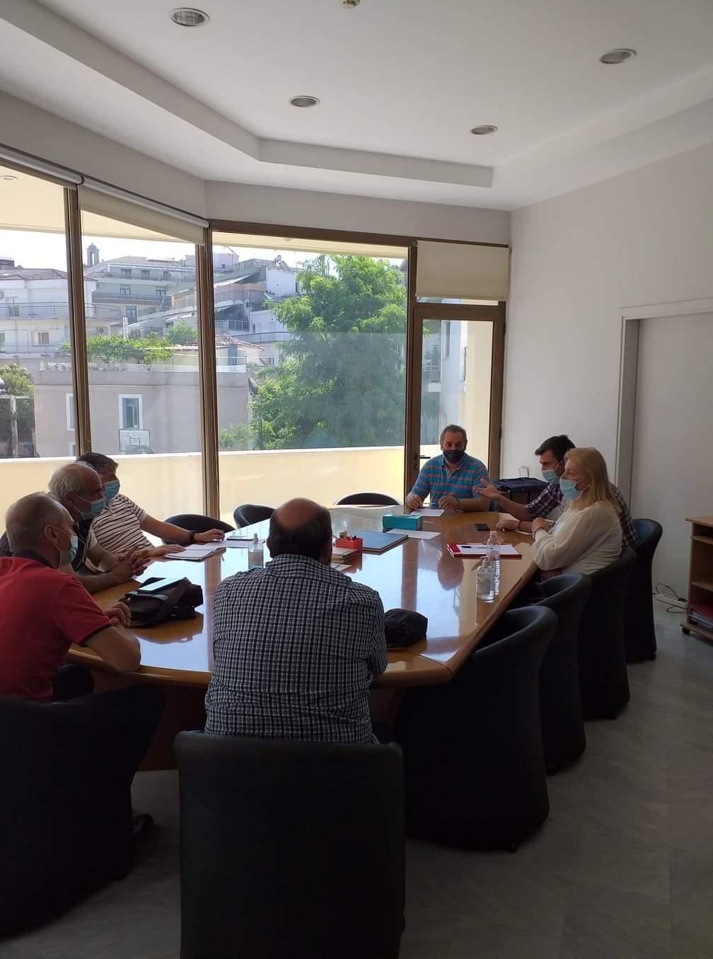 Συνάντηση του σωματείου εργαζομένων της ΔΕΥΑΚ με τη διοίκηση του ΤΕΕ/ΤΔΜ, προκειμένου να συζητηθούν ζητήματα που αφορούν στη διαδικασία της απολιγνιτοποίησης και στις επιπτώσεις που ενδέχεται να επιφέρει στη λειτουργία της Τηλεθέρμανσης της Κοζάνης.