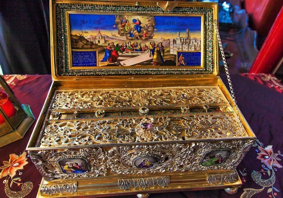 Με τη γιορτή των Καταθέσιων της τιμίας Ζώνης της Θεοτόκου, 31 Αυγούστου, επισφραγίζεται ο κύκλος του εκκλησιαστικού έτους.  (του παπαδάσκαλου Κωνσταντίνου Ι. Κώστα)